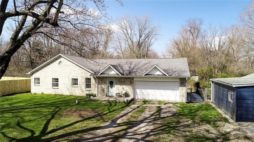 2526 W 60TH Street Indianapolis IN 46228 | MLS 21703054 | photo 2