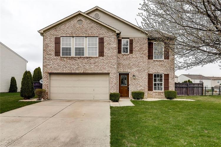 5713 Woodland Trace Boulevard Indianapolis IN 46237 | MLS 21703144 | photo 1
