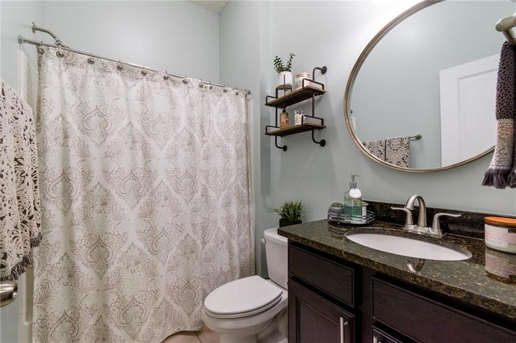 9213 BROOKSTONE Place Zionsville IN 46077   MLS 21703153   photo 22