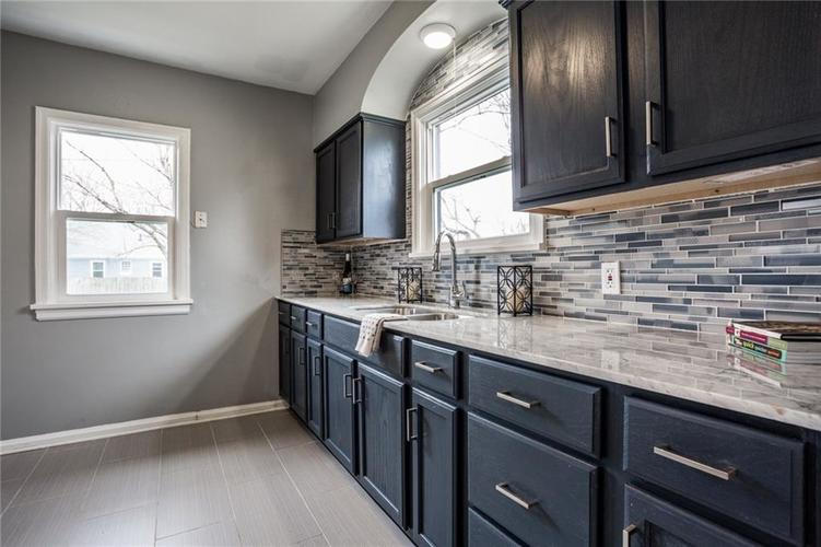 1541 N Euclid Avenue Indianapolis IN 46201 | MLS 21703185 | photo 13