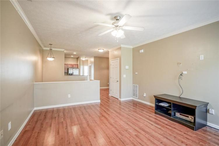 1068 Reserve Way Indianapolis IN 46220 | MLS 21703212 | photo 5