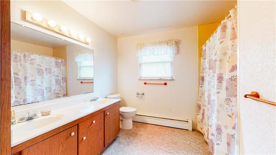 6445 S Linwood Avenue Indianapolis IN 46237 | MLS 21703283 | photo 25