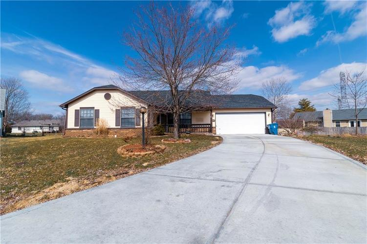 11120 E CHERRY LAKE Court Indianapolis, IN 46235 | MLS 21703306