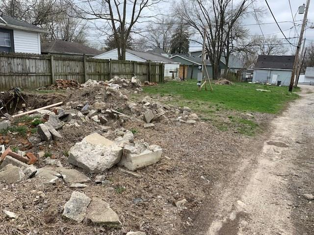 1814 New Street Indianapolis IN 46203   MLS 21703347   photo 4