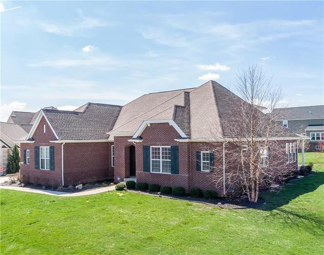 16765 MAINES VALLEY Drive Noblesville IN 46062 | MLS 21703377 | photo 2