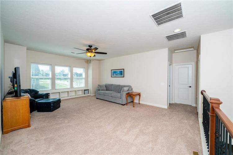 16765 MAINES VALLEY Drive Noblesville IN 46062 | MLS 21703377 | photo 24