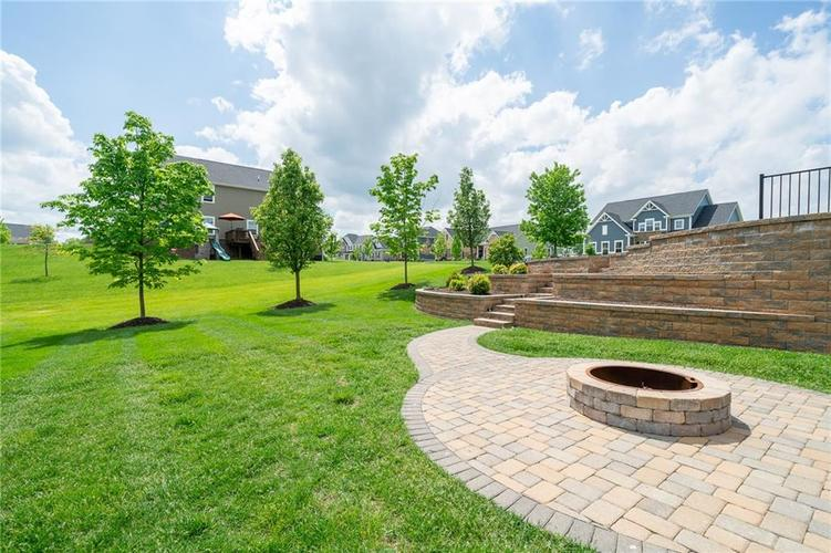 16765 MAINES VALLEY Drive Noblesville IN 46062 | MLS 21703377 | photo 39