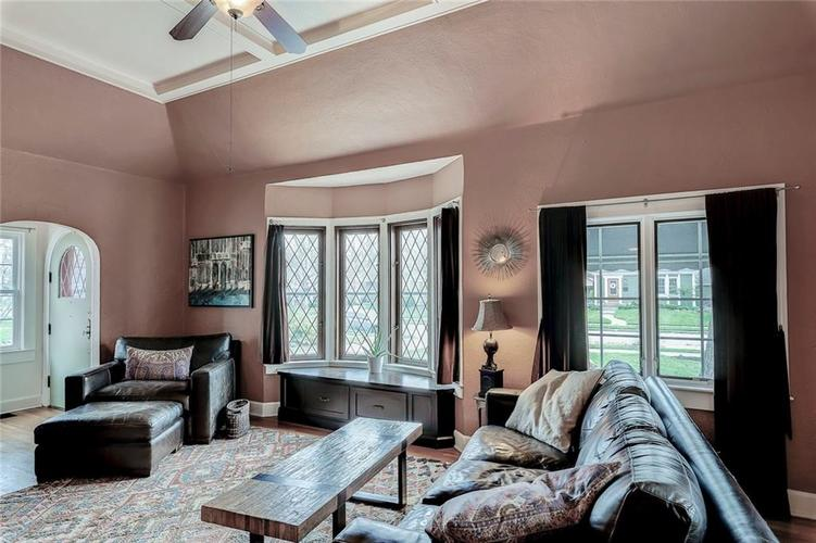 6026 HAVERFORD Avenue Indianapolis IN 46220 | MLS 21703398 | photo 11