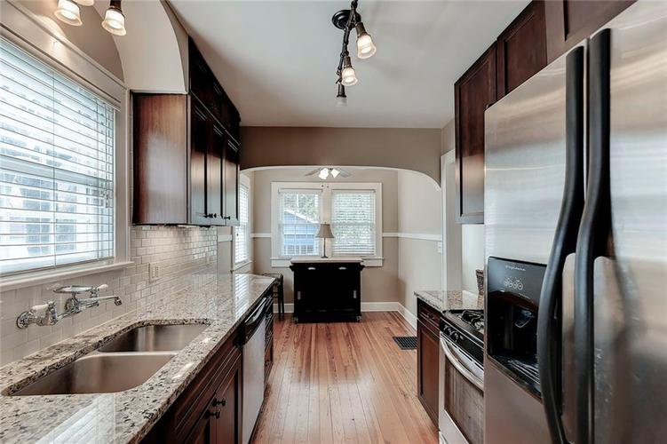 6026 HAVERFORD Avenue Indianapolis IN 46220 | MLS 21703398 | photo 19