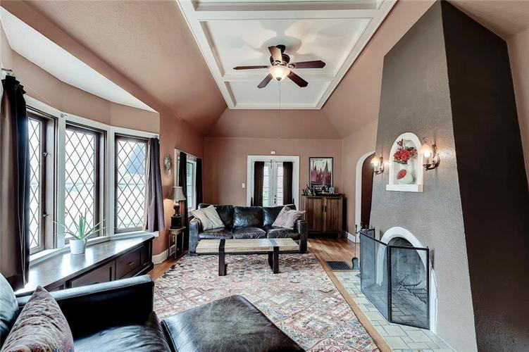 6026 HAVERFORD Avenue Indianapolis IN 46220 | MLS 21703398 | photo 8