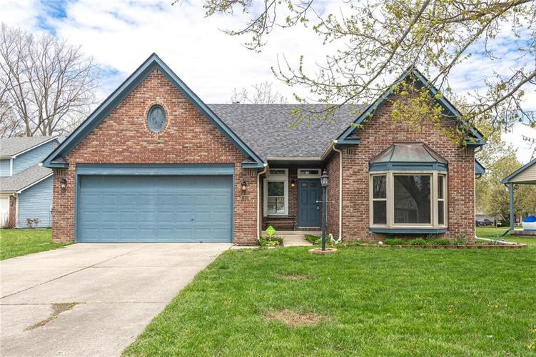 1645 PARK TERRACE Court Indianapolis IN 46229 | MLS 21703461 | photo 1