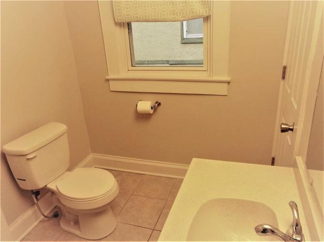 3662 Birchwood Avenue Indianapolis IN 46205 | MLS 21703482 | photo 29