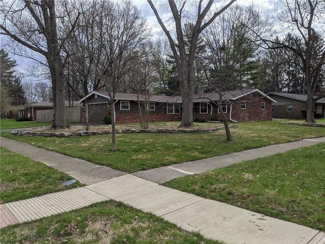 8249 Hoover Lane Indianapolis IN 46260 | MLS 21703513 | photo 1