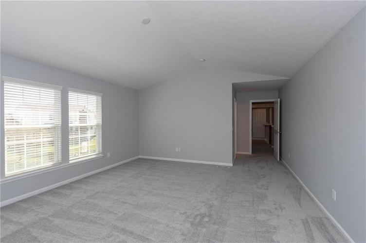 11835 Kittery Drive Fishers IN 46037 | MLS 21703573 | photo 28
