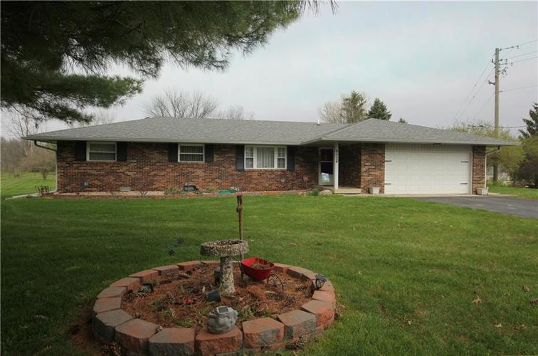 6524 E State Road 144 Mooresville IN 46158 | MLS 21703654 | photo 1