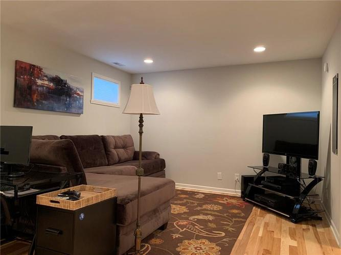 711 N Cleveland Street Indianapolis IN 46202 | MLS 21703658 | photo 19
