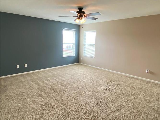 11227 Corsair Place Noblesville IN 46060 | MLS 21703763 | photo 10