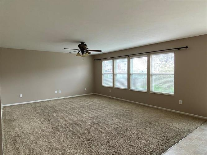 11227 Corsair Place Noblesville IN 46060 | MLS 21703763 | photo 6