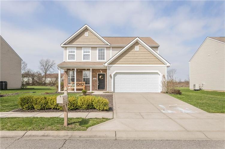 5874 Brookstone Drive Indianapolis IN 46234 | MLS 21703807 | photo 1