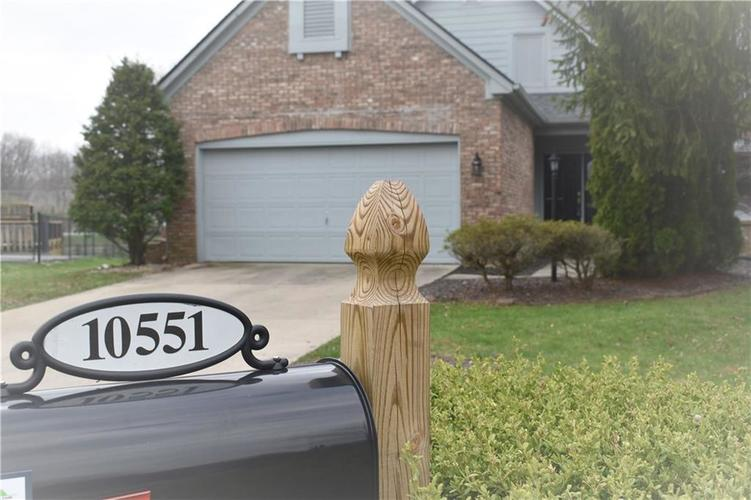 10551 Marlin Court Indianapolis IN 46256 | MLS 21703831 | photo 2
