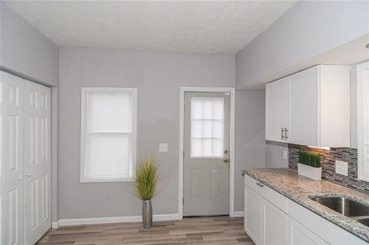 710 N Sheffield Avenue Indianapolis IN 46222 | MLS 21703924 | photo 17
