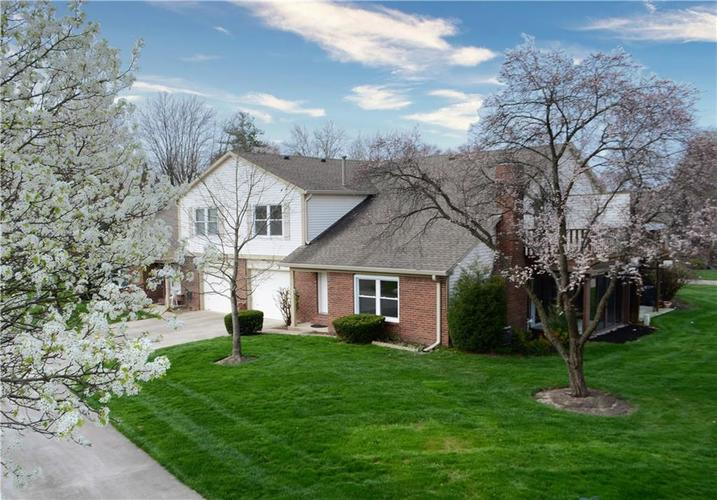 7415 CASTLETON FARMS N Drive Indianapolis IN 46256 | MLS 21703998 | photo 1