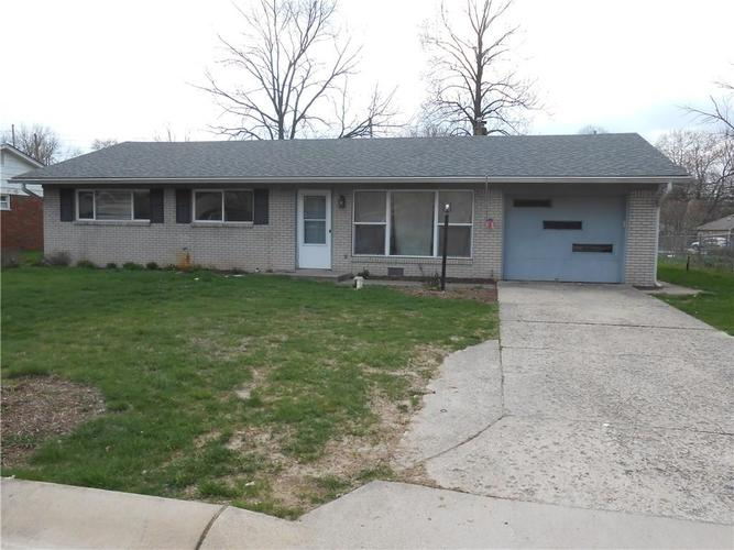10916 College Place Drive Indianapolis IN 46280 | MLS 21704084 | photo 1