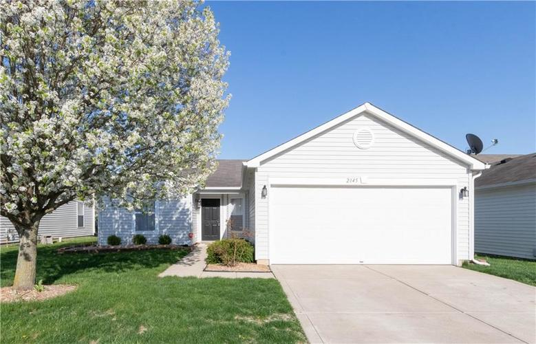2145 Bridlewood Drive Franklin IN 46131   MLS 21704090   photo 1