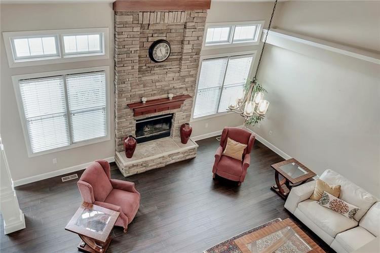11819 Floral Hall Place Fishers IN 46037 | MLS 21704181 | photo 2