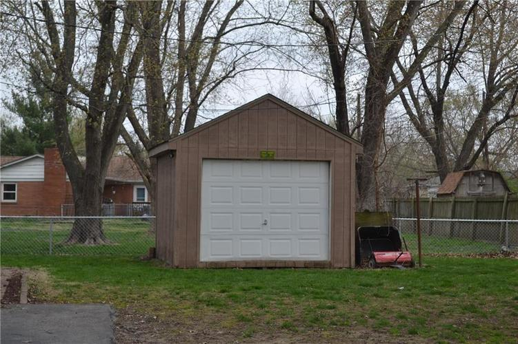 4122 Floyd Drive Indianapolis IN 46221 | MLS 21704261 | photo 16