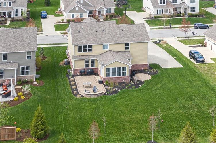 10249 NORMANDY Way Fishers IN 46040 | MLS 21704301 | photo 38