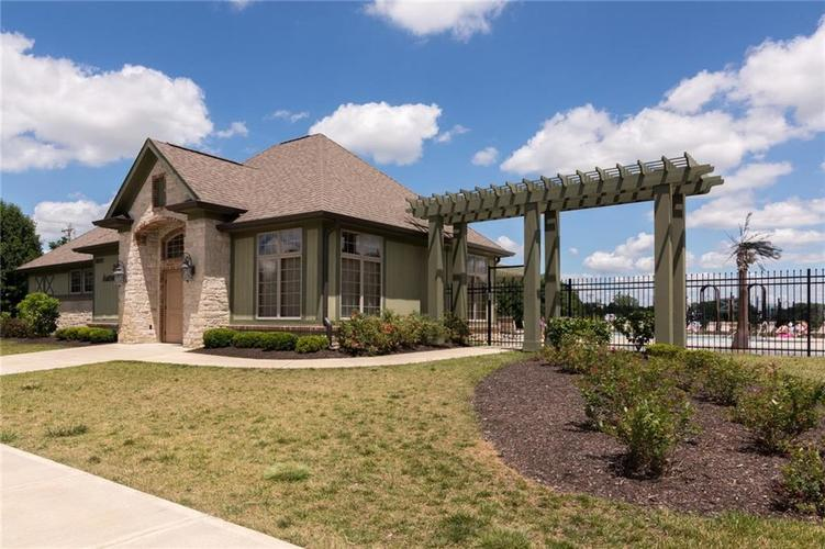 10249 NORMANDY Way Fishers IN 46040 | MLS 21704301 | photo 42