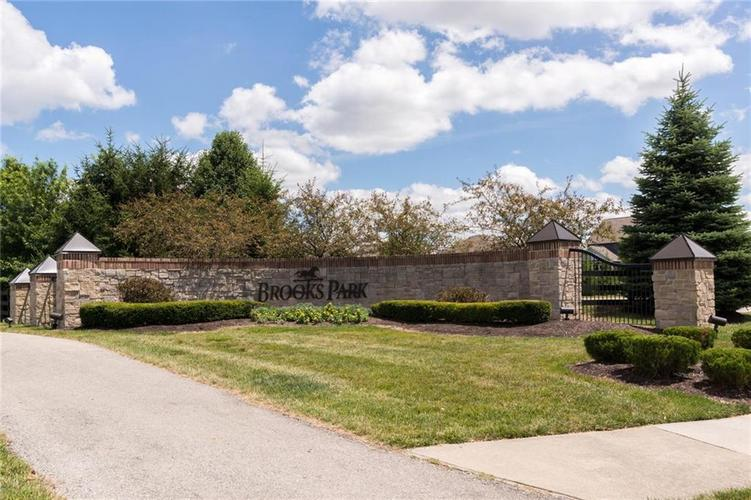10249 NORMANDY Way Fishers IN 46040 | MLS 21704301 | photo 43