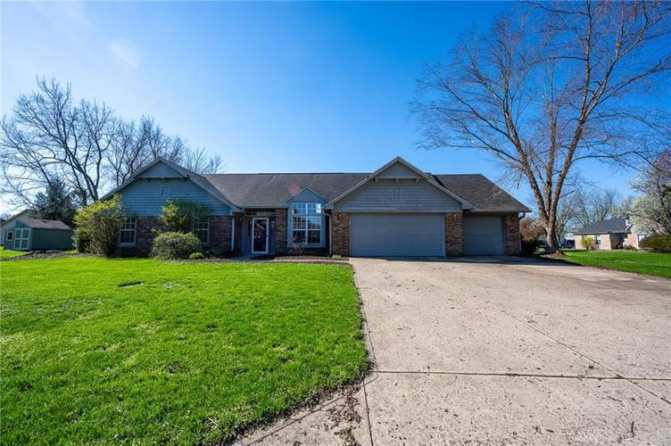11423 Geist Valley Drive Indianapolis IN 46236 | MLS 21704348 | photo 1