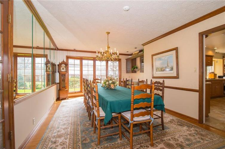 8133 Ecole Street Indianapolis IN 46240 | MLS 21704352 | photo 14