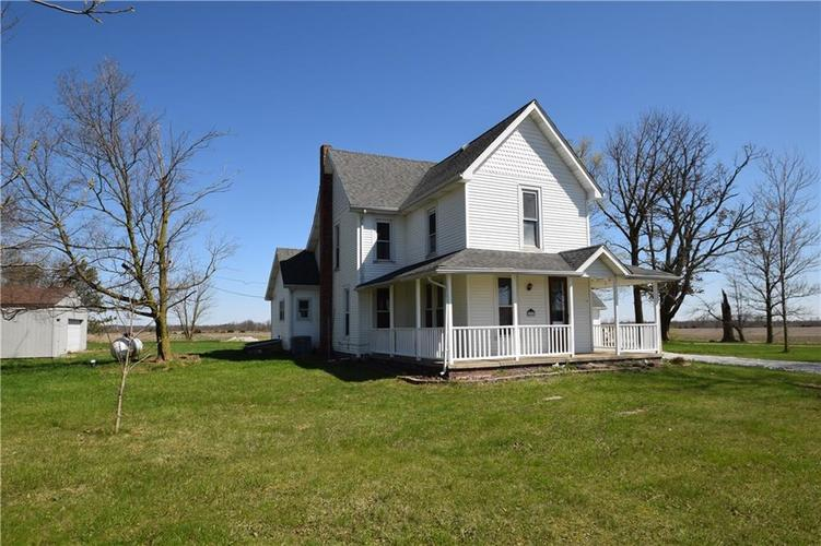 4382 E Co Rd 300 S Crawfordsville IN 47933   MLS 21704376   photo 1