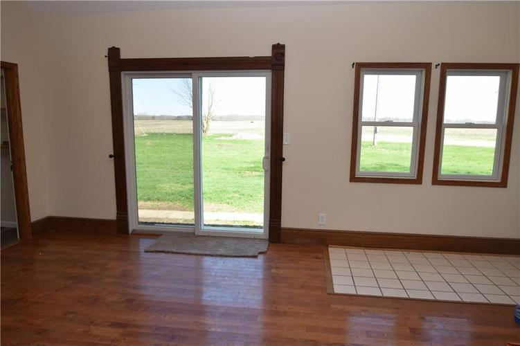 4382 E Co Rd 300 S Crawfordsville IN 47933   MLS 21704376   photo 10