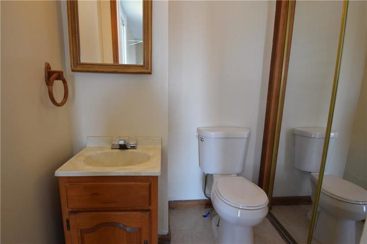 4382 E Co Rd 300 S Crawfordsville IN 47933   MLS 21704376   photo 17