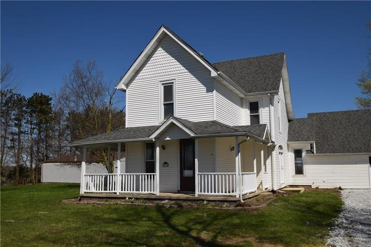 4382 E Co Rd 300 S Crawfordsville IN 47933   MLS 21704376   photo 2
