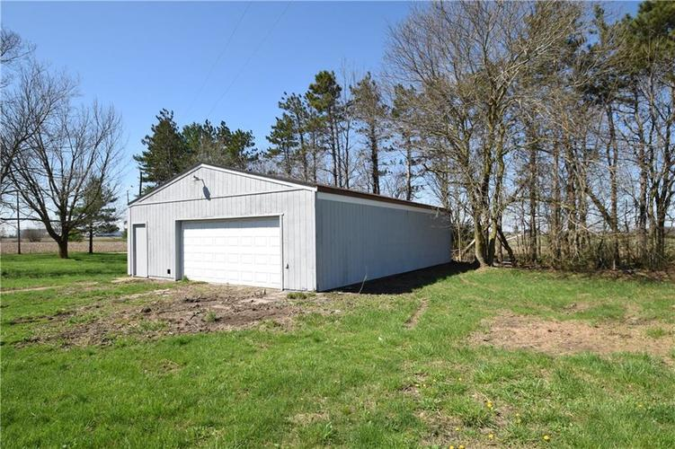 4382 E Co Rd 300 S Crawfordsville IN 47933   MLS 21704376   photo 23