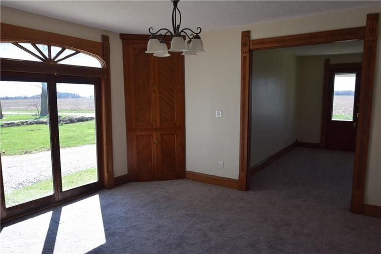 4382 E Co Rd 300 S Crawfordsville IN 47933   MLS 21704376   photo 5