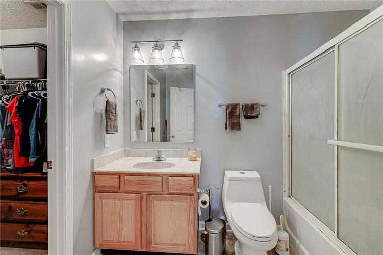 911 Sheets Court Greenfield IN 46140 | MLS 21704402 | photo 19