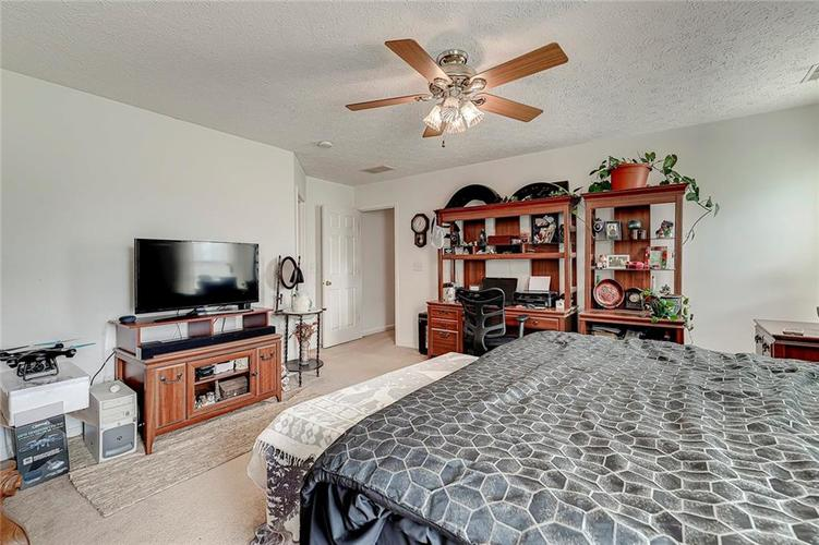 911 Sheets Court Greenfield IN 46140 | MLS 21704402 | photo 21