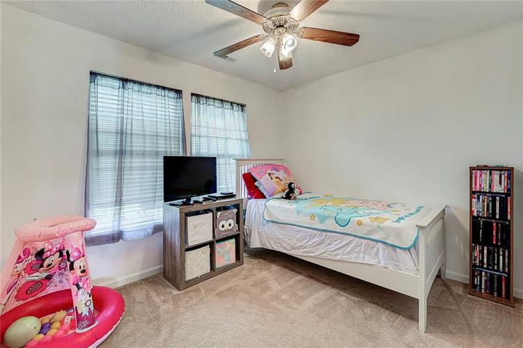 911 Sheets Court Greenfield IN 46140 | MLS 21704402 | photo 22