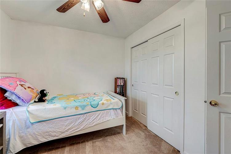 911 Sheets Court Greenfield IN 46140 | MLS 21704402 | photo 23