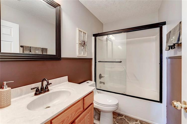 911 Sheets Court Greenfield IN 46140 | MLS 21704402 | photo 26