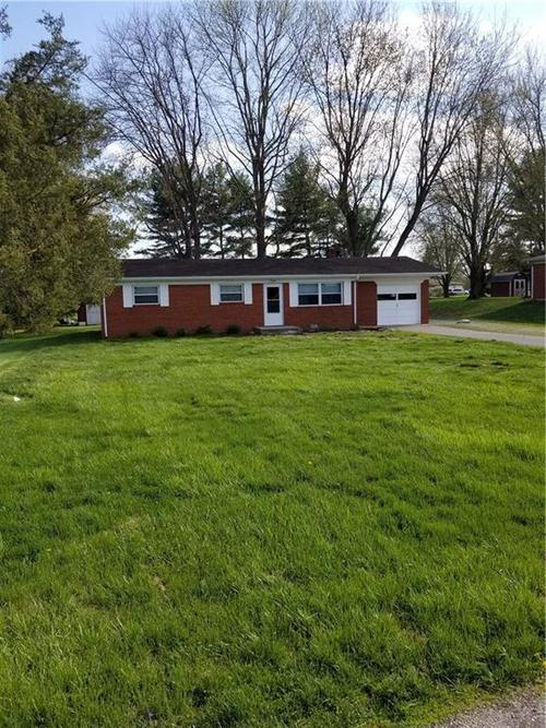 8025 W Sycamore Road Fairland IN 46126   MLS 21704404   photo 2