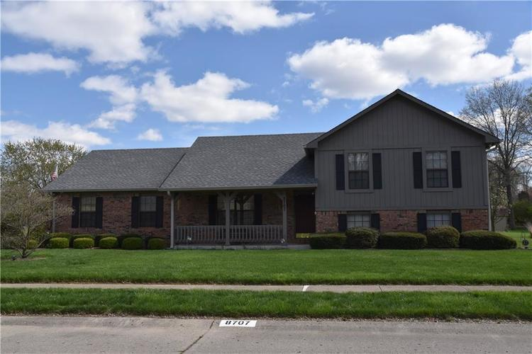 8707 Chateaugay Drive Indianapolis IN 46217 | MLS 21704487 | photo 1