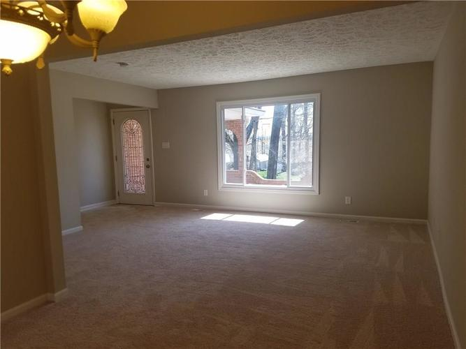 564 E Timberbrook Shelbyville IN 46176 | MLS 21704648 | photo 13