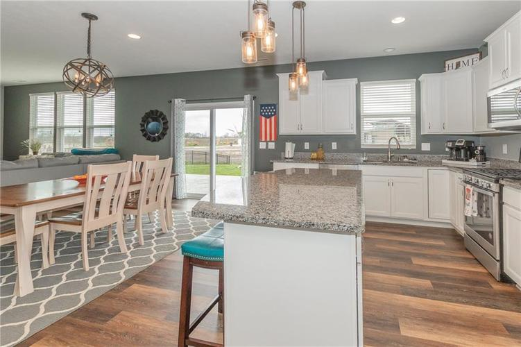 12644 Amber Star Drive Noblesville IN 46060 | MLS 21704837 | photo 13